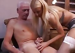 Teen Meticulousness gives Daddy..